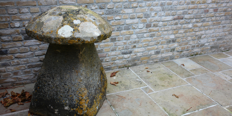 18th century Cotswolds staddle stone