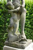Tuinbeeld van Venus en Cupido