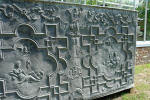 18de eeuwse loden cisterne