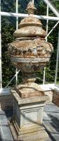 19de eeuwse gietijzeren tuinvaas