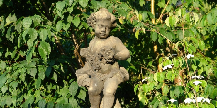 18th century 'Amor'- statuette