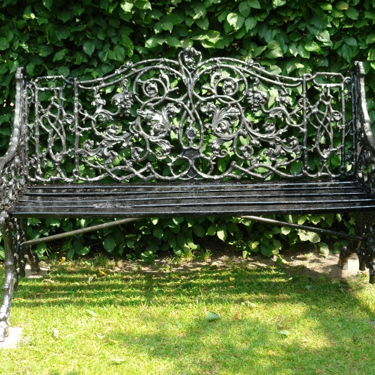 19th century Coalbrookdale garden seat